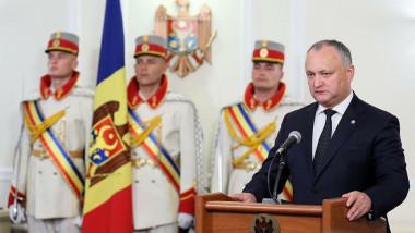 Preşedintele Dodon a interzis participarea militarilor moldoveni la un exerciţiu din Ucraina