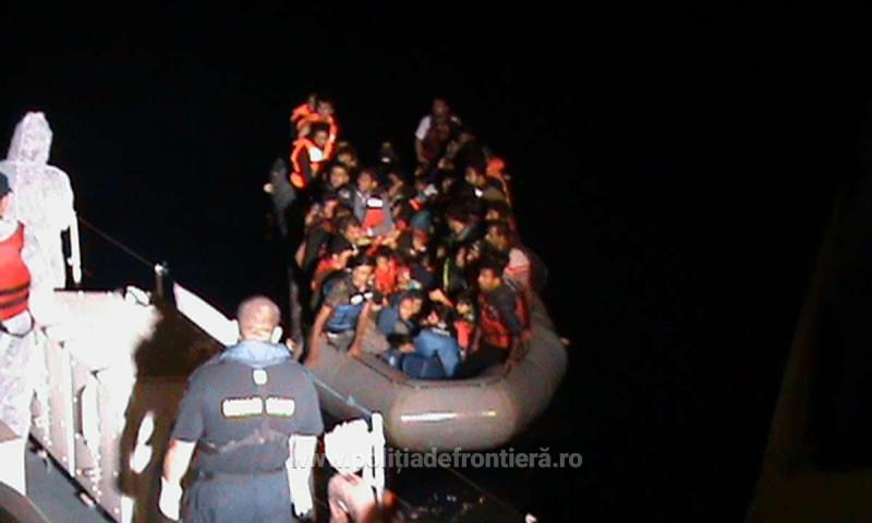 migranti marea egee politiadefrontiera