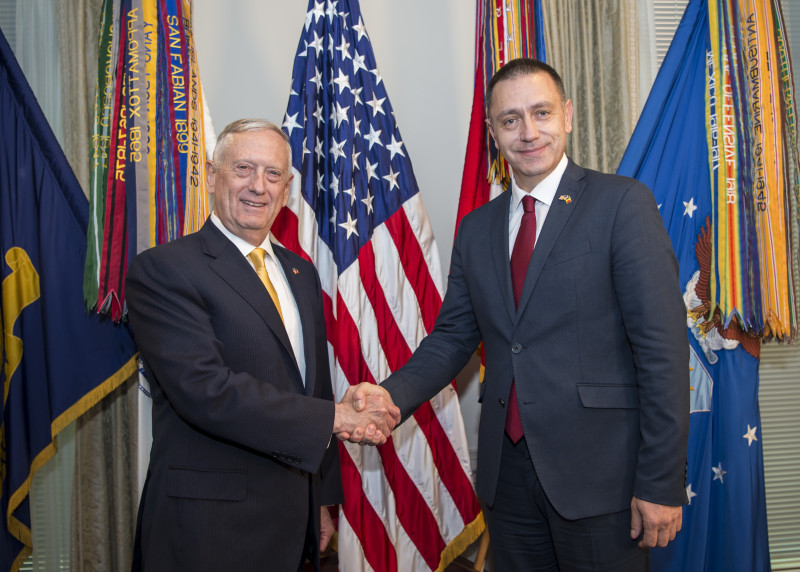 SD hosts Romanian minister of defense