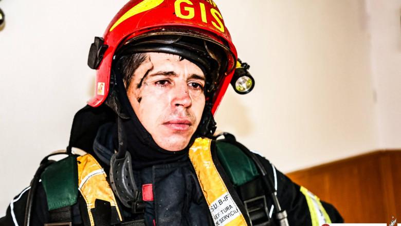 pompieri incendiu azil FB.jpg 4