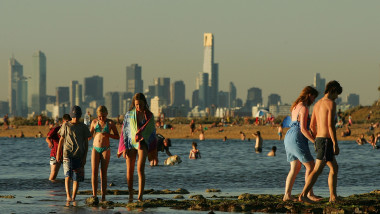 Heatwave Hits Melbourne