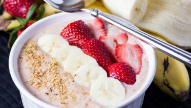 Breakfast-To-Go-Smoothie-Bowl-Custom