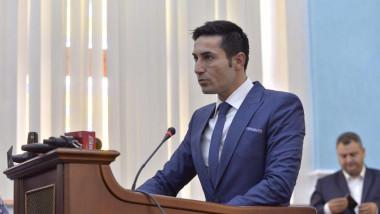 claudiu manda sri reactie teodorovici diploma academia informatii
