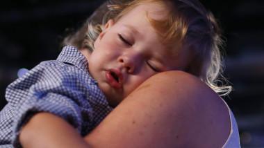 Copil care doarme, copil adormit, somn_Gulliver GettyImages_august 2015