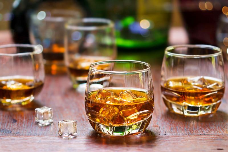 whiskey bautura alcool