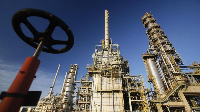Russian Oil Stops Flowing To Western Europe Thru Belarus