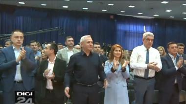dragnea psd aplauze