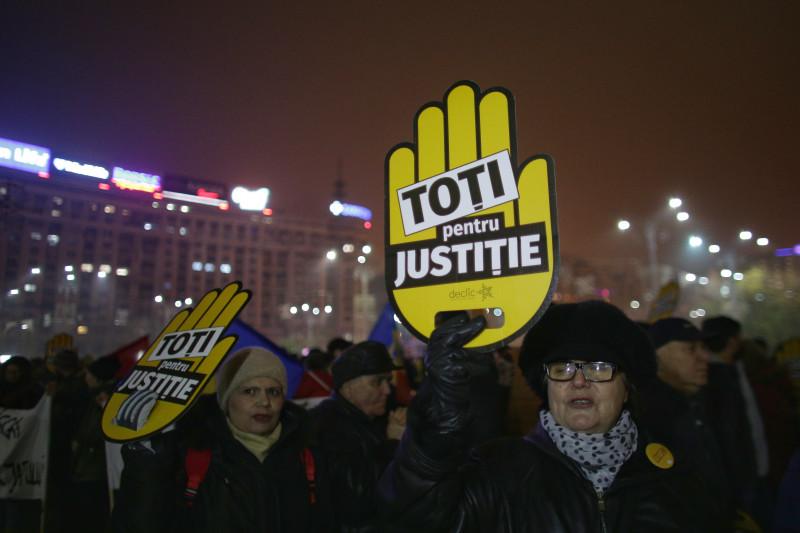 20171126192304_IMG_6146_1-01 - proteste 26 nov 2017 ganea