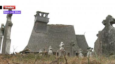 biserica Rieni distrusa