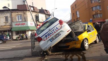 accident masina politie taxi 151217 (2)