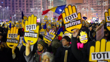 protest foto coruptia ucide