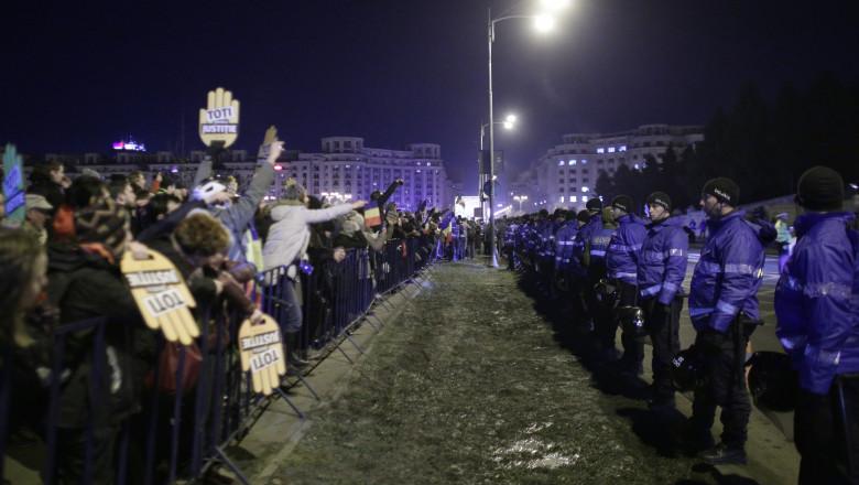 protest 11 decembrie parlament_Inquam Photos Octav Ganea (2)