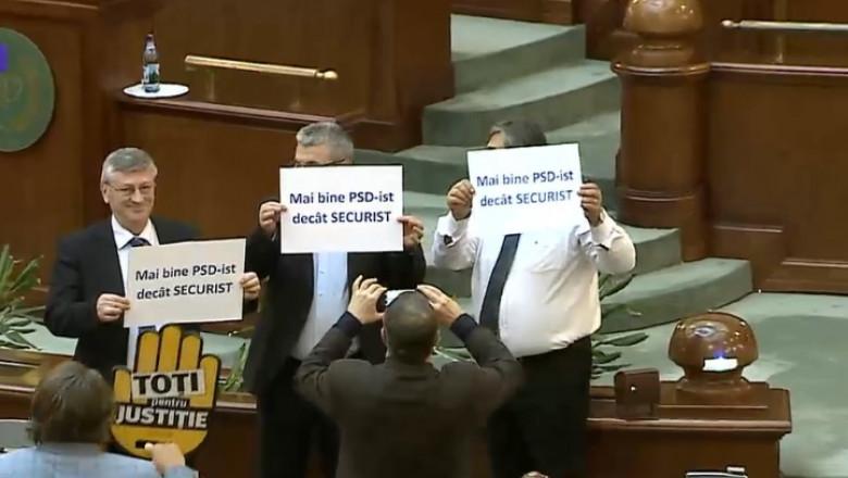 protest psd senat
