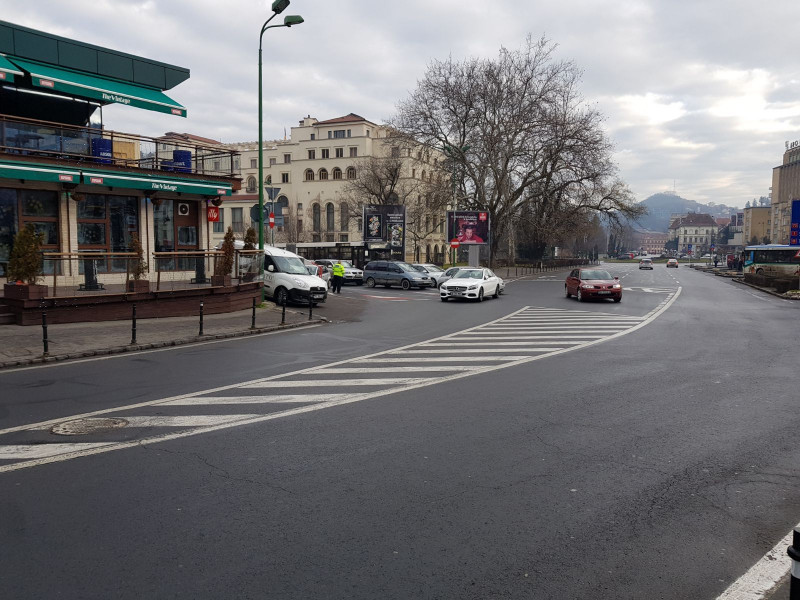 masina in strada Brasov (3)