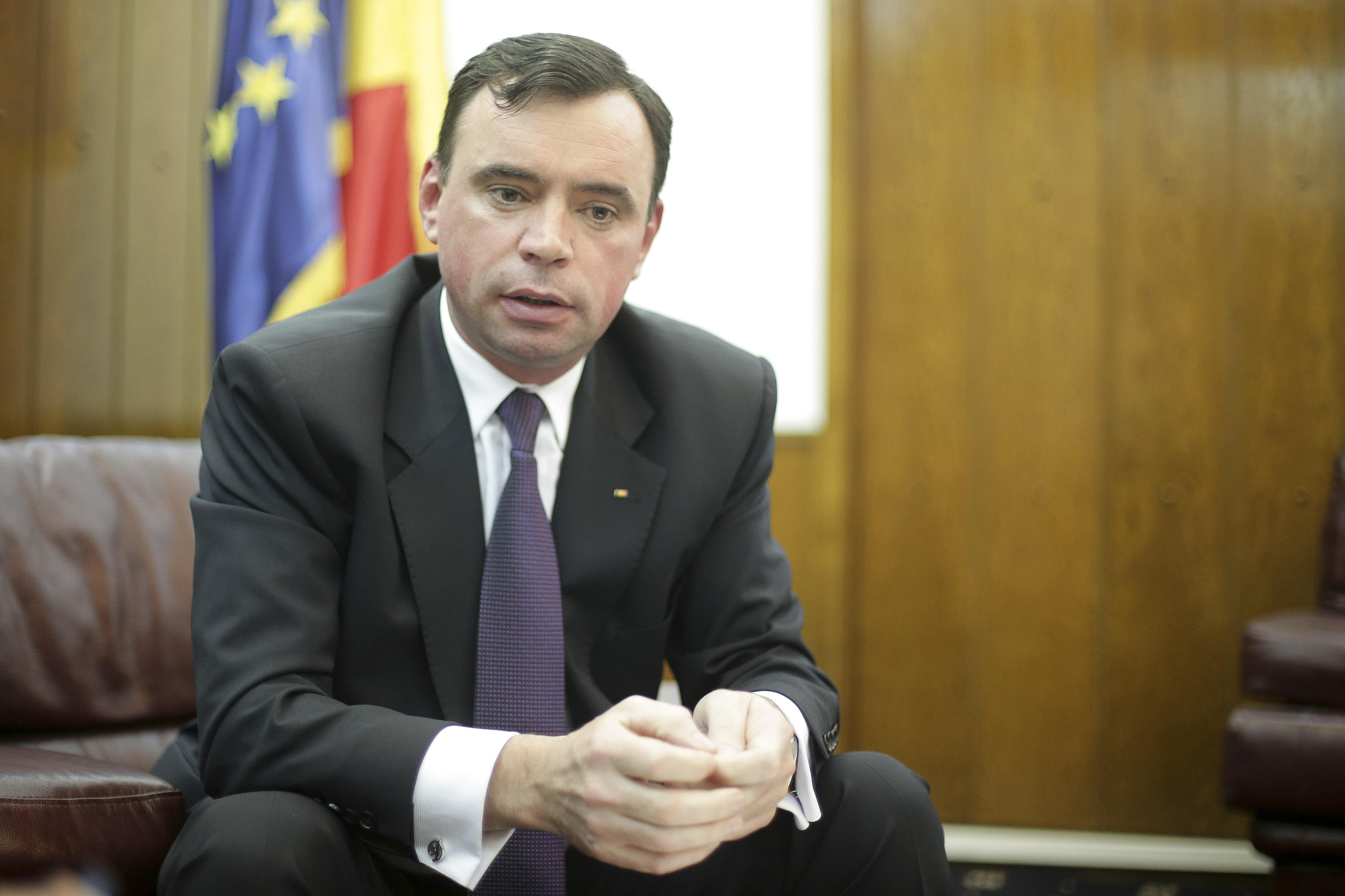 Bogdan Despescu a fost demis de Mihai Fifor de la sefia Politiei Romane