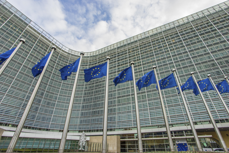Comisia Europeană, reacție în cazul Legilor Justiției. Raportul MCV va fi publicat în noiembrie