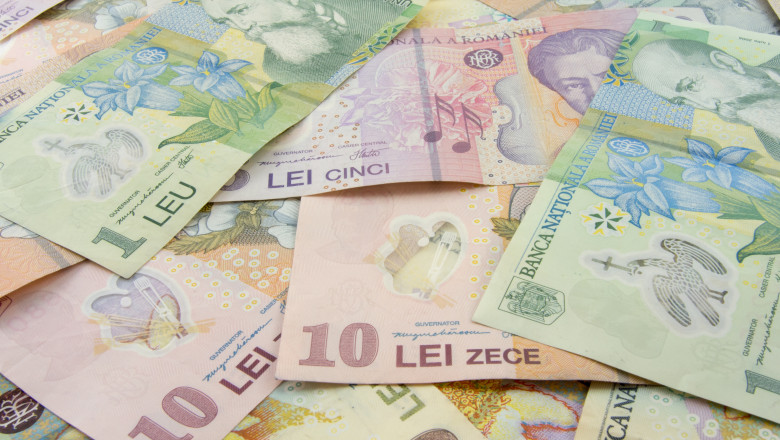 bani lei bancnote mici_shutterstock_439141186