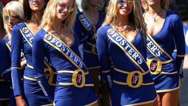 beautiful_pit_girls_of_formula_1_02