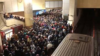 aglomeratie metrou victoriei 4