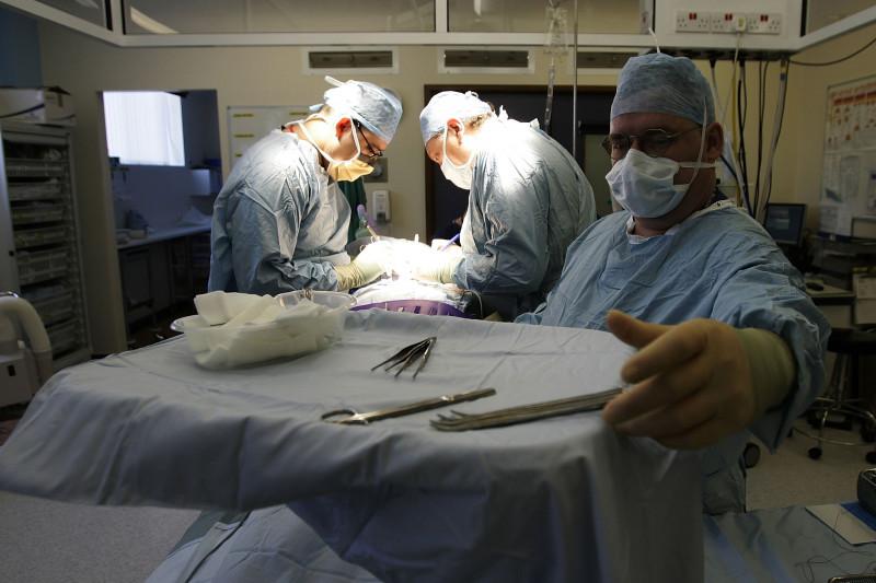 Birmingham Hospital Conducts Kidney Transplant