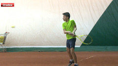 sport tenis copii