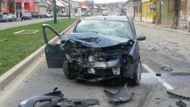 accident seful consilierilor PSD din caransebes (2)
