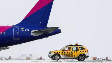 aeroport otopeni iarna avioane_bucharest airports fb (3)