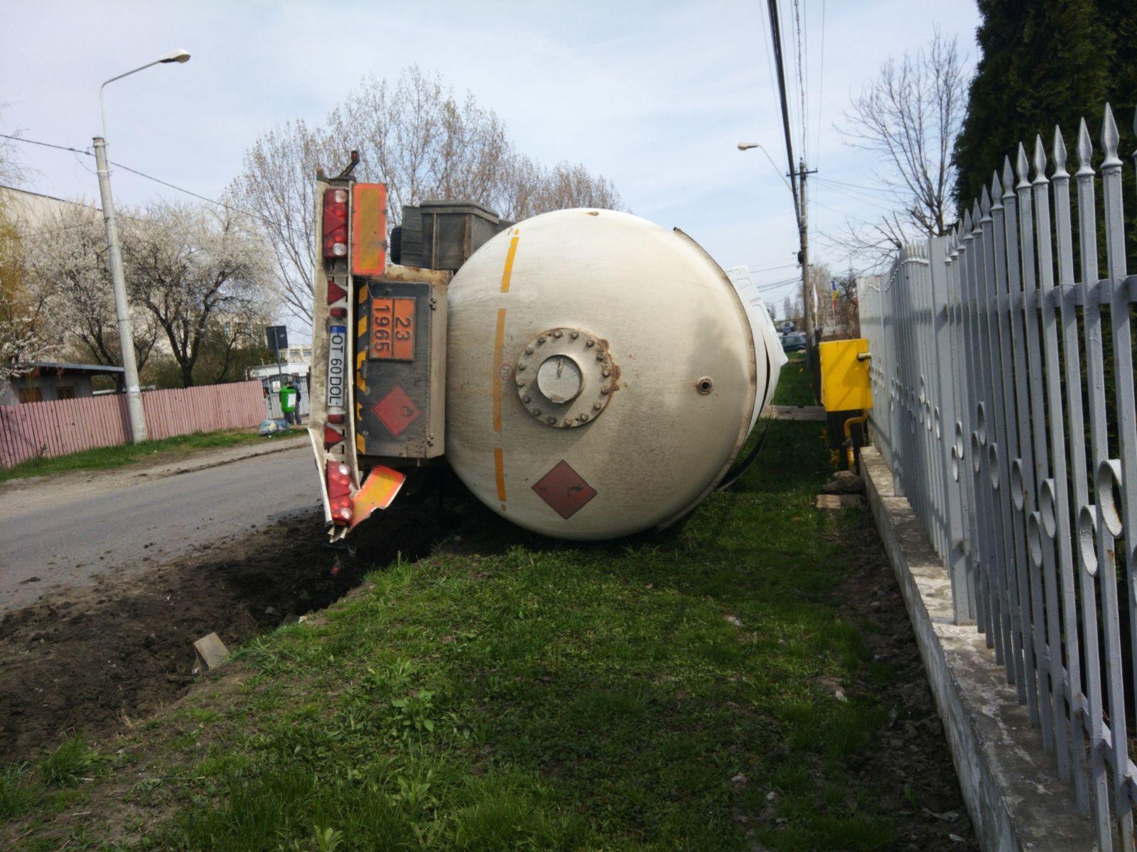 cisterna GPL Ploiesti sursa ISU Prahova 4 070418