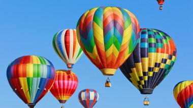 baloane cu aer cald_shutterstock_156212846