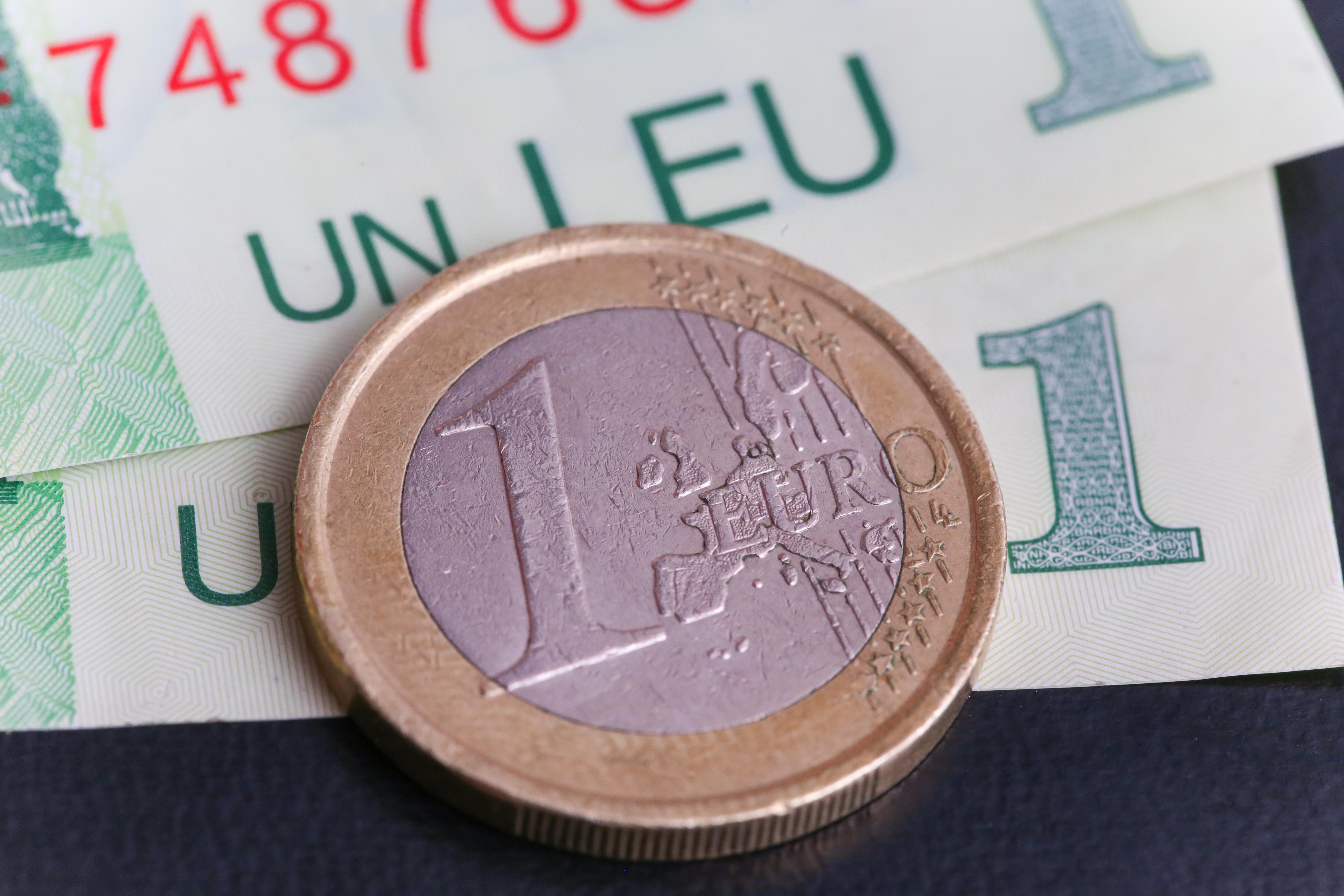 Euro, la cotatia maxima fata de leu a ultimei luni