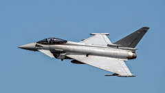 avion Eurofighter Typhoon_shutterstock_719349667