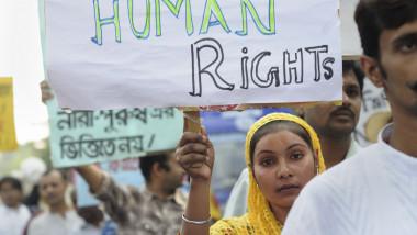 india protest viol shutterstock_259971464