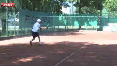 sport tenis baieti