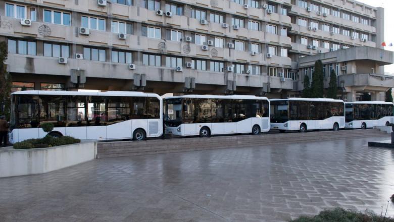 transport public braila_site companie