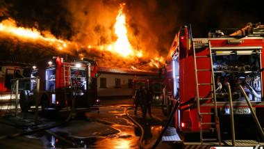 incendiu scoala 124 bucuresti_isu bucuresti ilfov (12)
