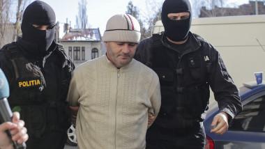 Fostul poliţist Eugen Stana fost condamnat definitiv la 20 de ani de închisoare cu executare