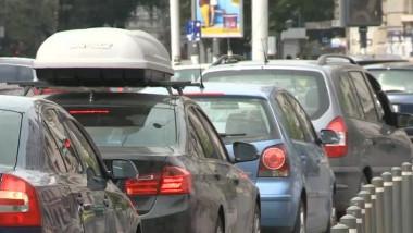 masini in trafic
