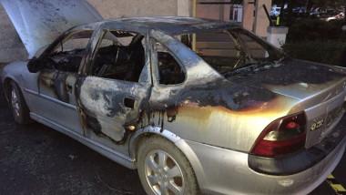 masina incendiata timisoara 3