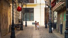 centru vechi strada bucuresti soare