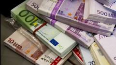 euro bancnote teancuri bani crop