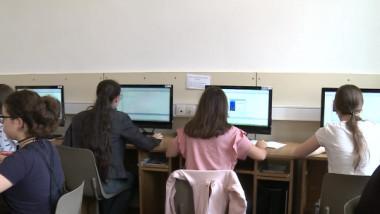 elevi calculatoare informatica