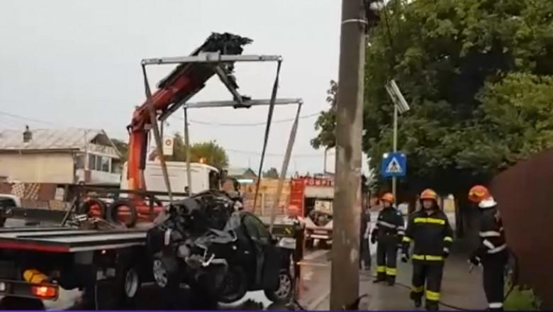masina facuta praf