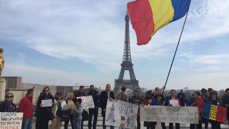 foto protest romani paris