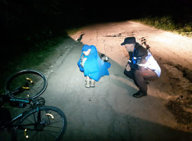 biciclist incalzit de caine muntele semenic_jandarmeria caras severin (1)
