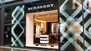 magazin Burberry shutterstock_1092505130