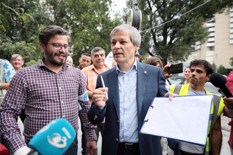 dacian ciolos a semnat initiativa usr_Platforma România 100 (3)