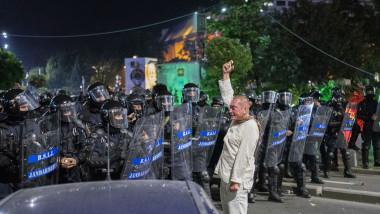 proteste omul in alb 180813_PARASCHIV_01_INQUAM_Photos_Alberto Grosescu