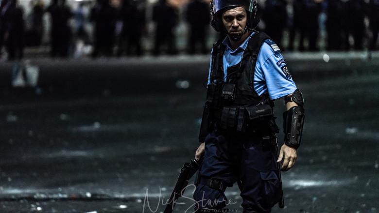 protest 10 august bucuresti piata victoriei_nick stavre (12)