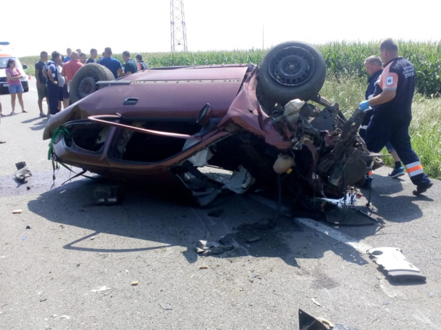 Timis: Two adults died after an accident  A minor is unconscious in