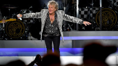 Rod Stewart & Cyndi Lauper In Concert - New York City